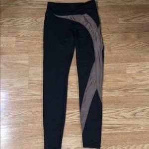 Women's size small workout leggings